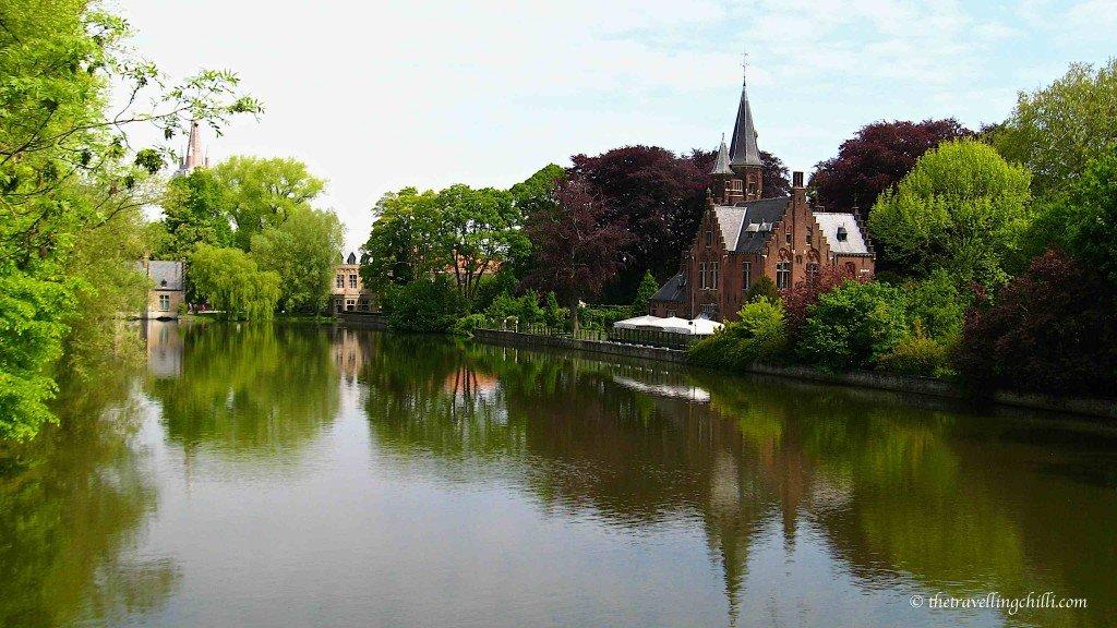 minnewater lake bruges brugge belgium