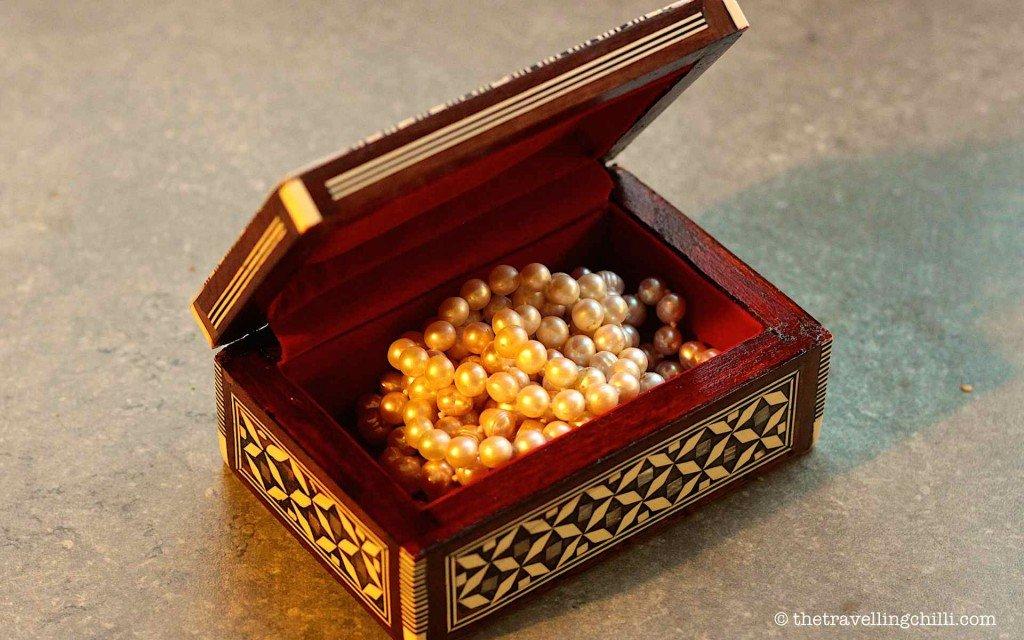 wooden box qatar doha souvenir