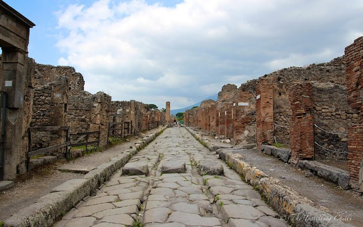 italy pompeii street