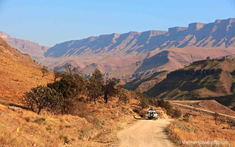 Sani pass south africa lesotho landrover landy defender