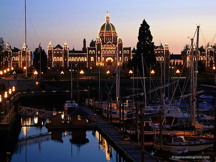 Parliament building Victoria Vancouver Island |photos to inspire you to visit Vancouver Island Canada | Pictures of Vancouver Island | Visiting Vancouver Island | Photos of Vancouver Island