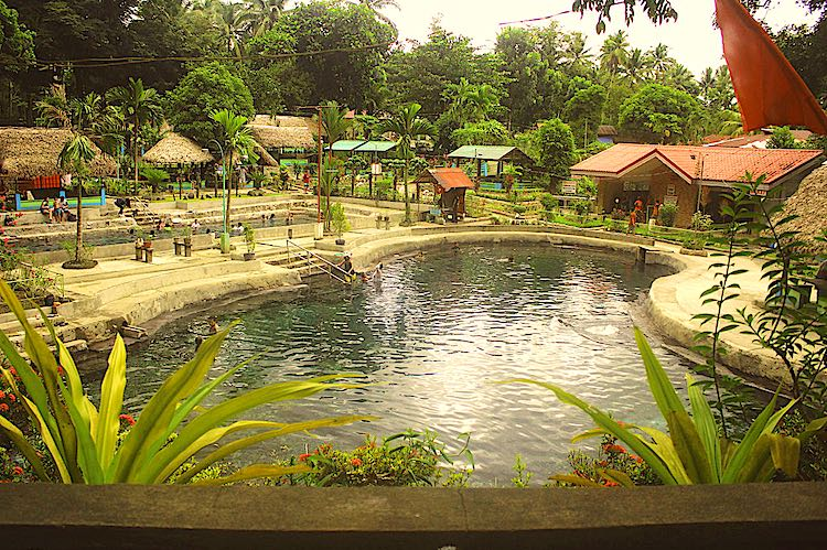 Mateo Hot and Cold Springs in Philippines