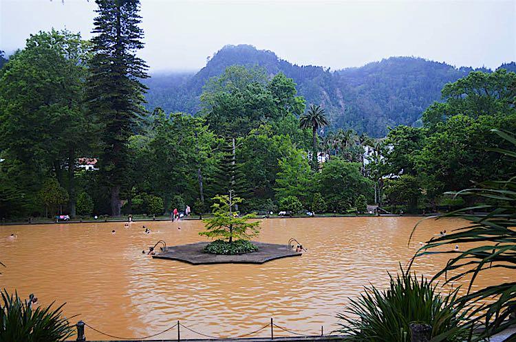 Furnas terra nostra garden hotel hot springs sao miguel