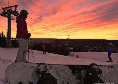 Sunset skiing Oslo Winter park