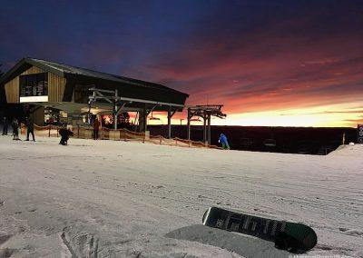 Sunset snowboarding oslo