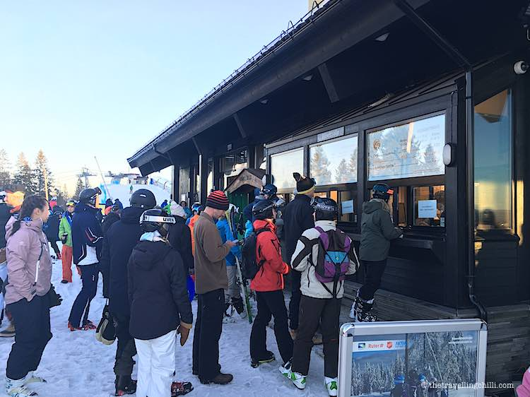 buying lift tickets for oslo winter park norway